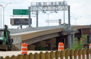Structures Along I-35E TEXpress Lanes Close to NW Hwy